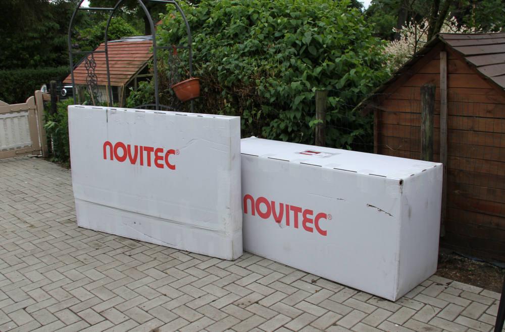 Twee enorme dozen met Novitec-spullen.